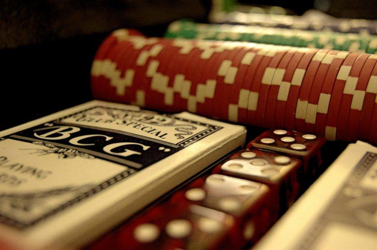 Trik untuk memainkan uang game poker asli tanpa deposito